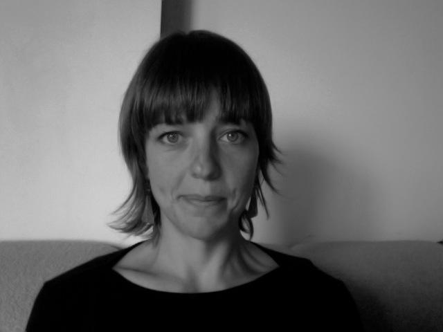 Head shot of Jenny Barnes
